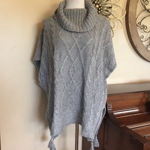 NWT Sonoma Sz 1X Gray Cable Knit Poncho Sweater